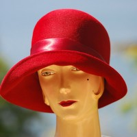 1960's Crimson Wool hat WIth Satin Accents