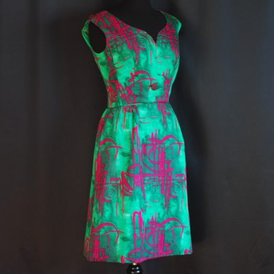 Shirkin-ette Petite 1960's Striking green and fuchsia art dress