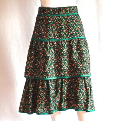 Alberto's green cotton floral print tiered skirt, made in Italy