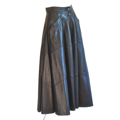 Pentik Select black flared leather midi skirt, amde in Italy