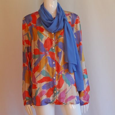 Elepanza print blouse with attached blue sash, made in Italy