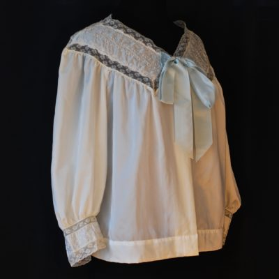 Barbizon off white bed jacket with embroidery and front tie