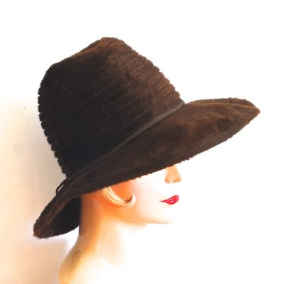 Brown fur felt hat with broad brim made in Germany
