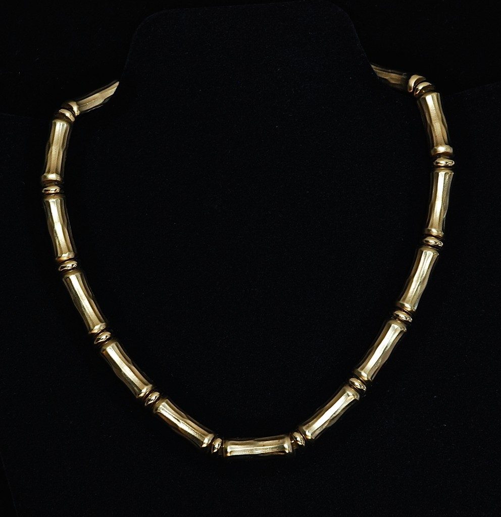 Ciner gold tone bamboo patterned necklace - signed
