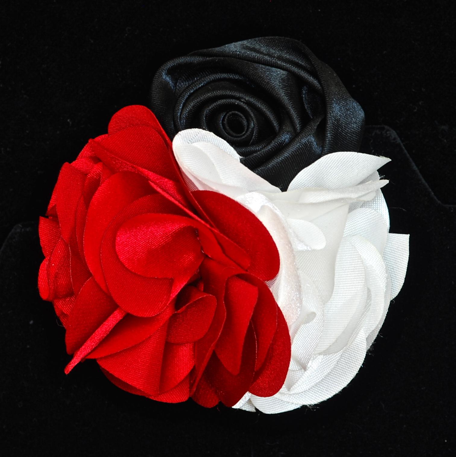 Silk Flower Pinhair Clip With Black Red White Flowers Quiet