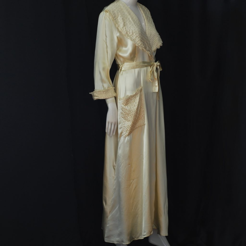 1940's Ivory Satin Robe With Quilted Accents