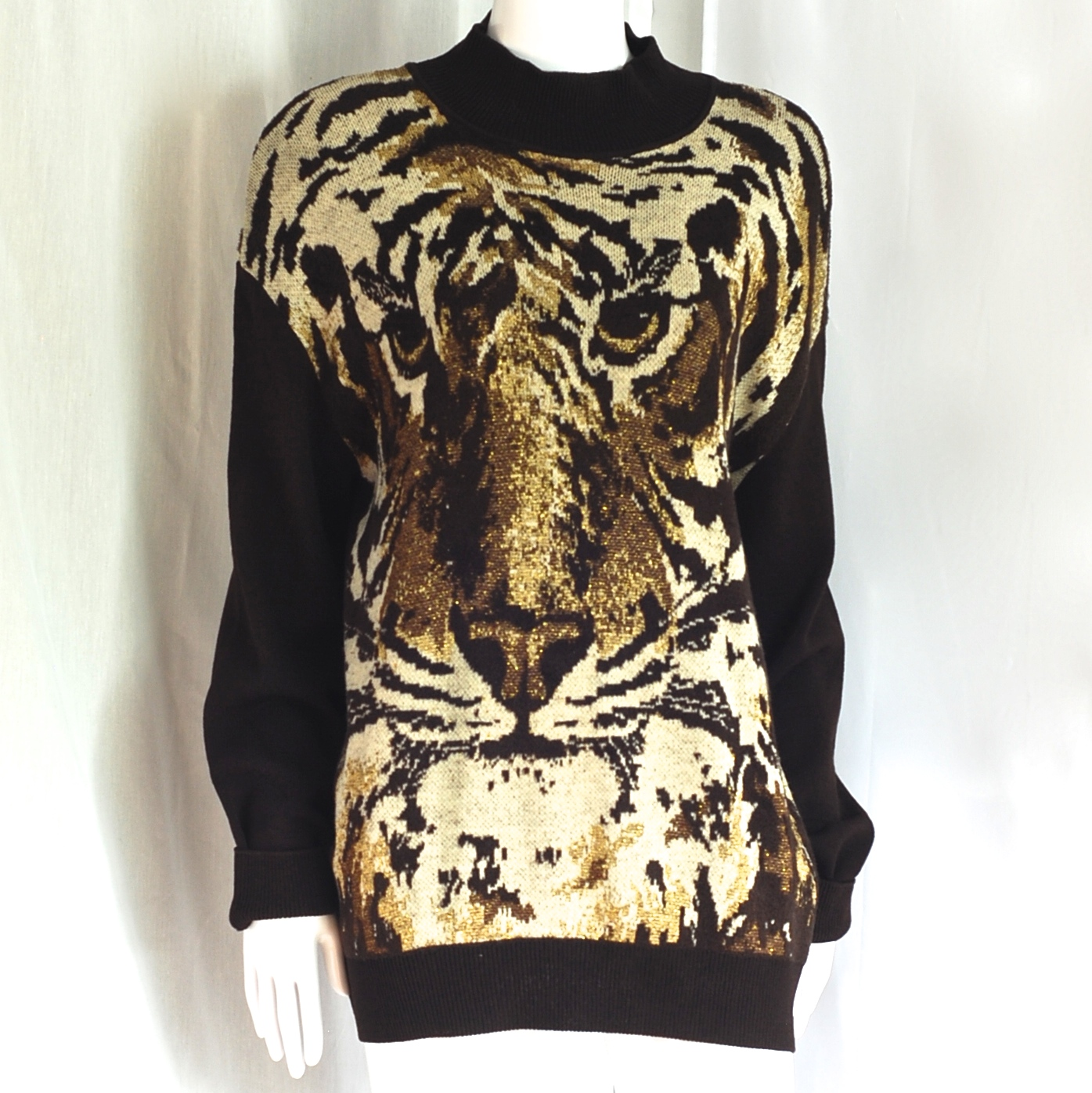1412aa0110a St. John By Marie Gray Tiger Faced Oversize Lame Sweater – USA ...