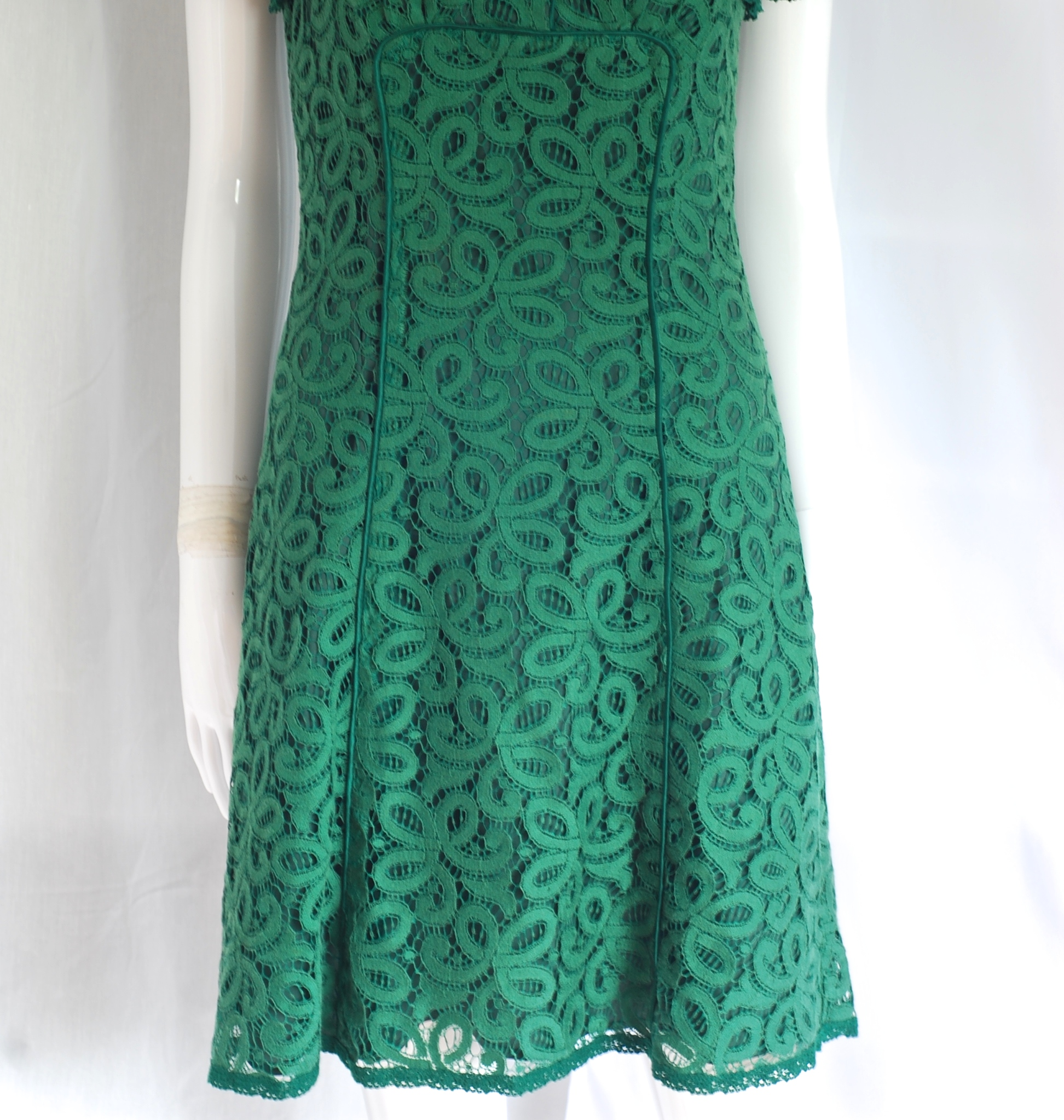 Betsey Johnson Emerald Green Lace Dress With Cap Sleeves – USA ...