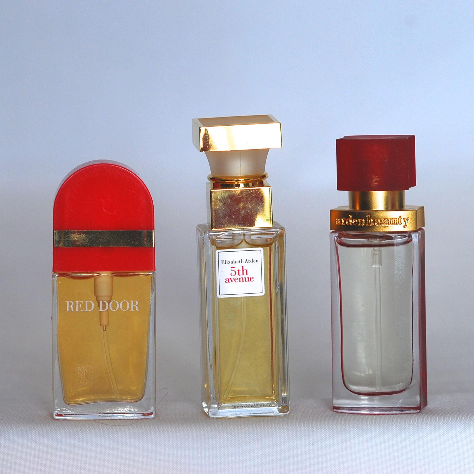 Three Bottles Of Vintage Elizabeth Arden Perfume Cologne Quiet