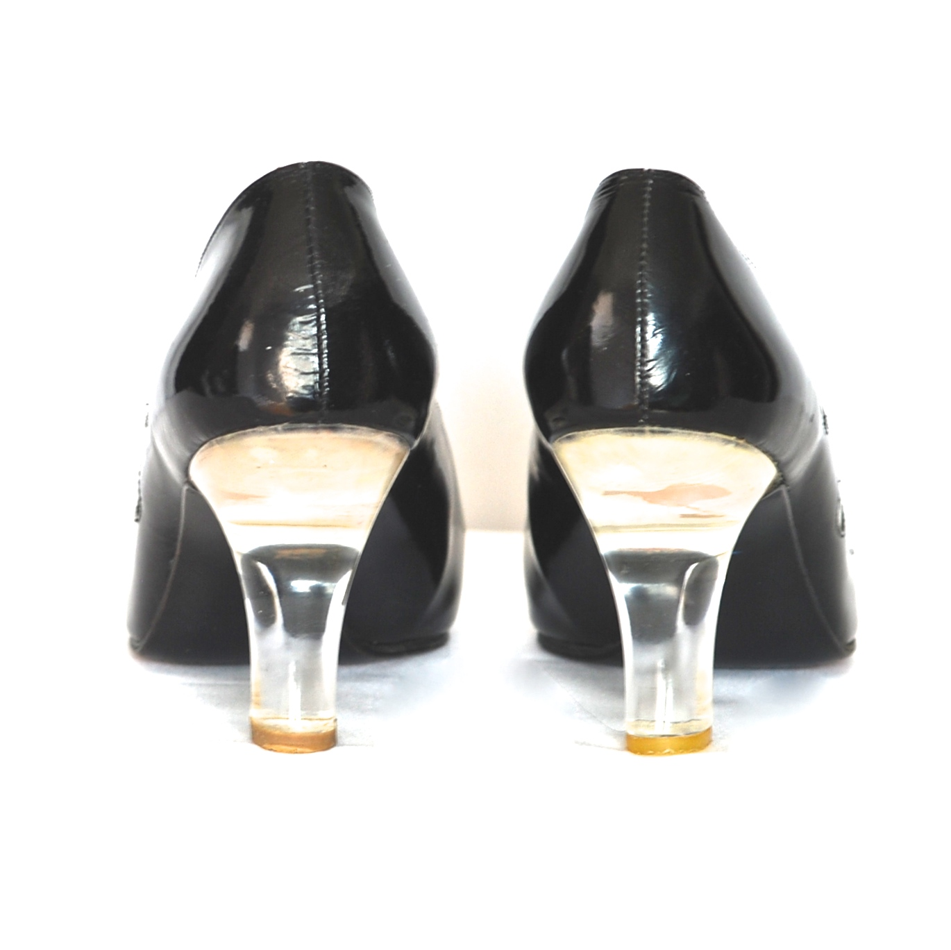 7c3c855b7 Stuart Weitzman Black Patent Pumps With Cut Out Circles   Clear Acrylic  Heels – Spain