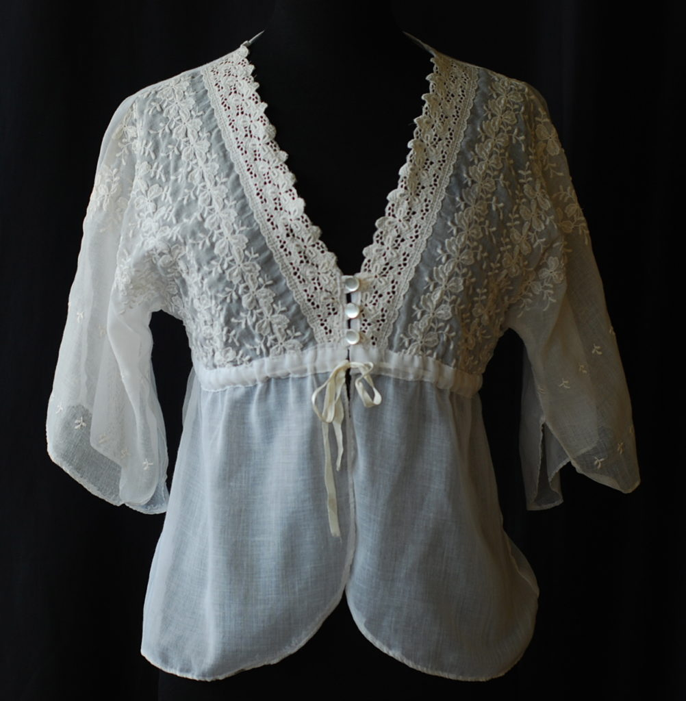 6d969f2e245 ... Antique White On White Embroidered Bed Jacket ...